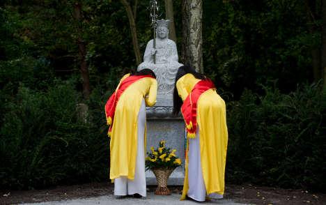 первое буддийское кладбище в восточной Германии