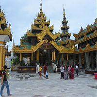Еще пагода