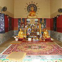 Ват Клонг Прао, внутри храма