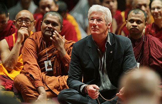 Ричард Гир разводится с женой из-за буддизма