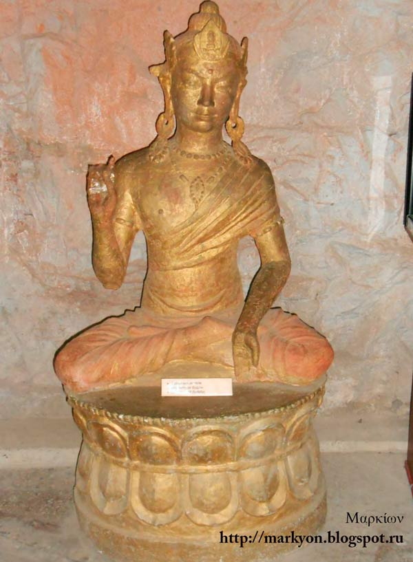 буддизм средняя азия